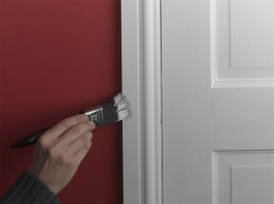 painting door frame and architrave