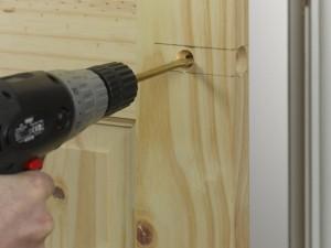 door spindle position