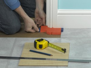 using profile gauge for vinyl tiles
