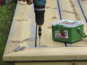Using spax decking screws