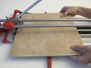 score and snap tile cutter