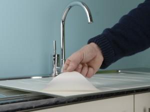 fitting kitchen splash back