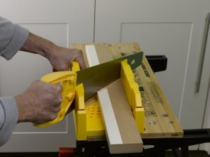 cutting and mitring kitchen cornice or pelmet
