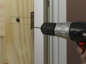 screwing in latch plate