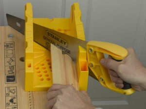 cutting architrave