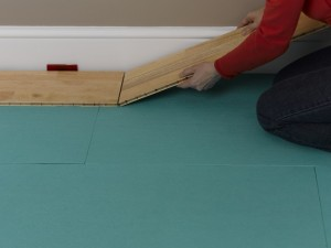 connecting laminate or engineered wood boards