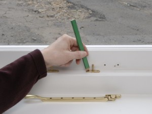 marking fixing positions for stay pins