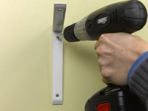 fixing shelf bracket