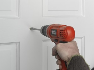 drilling hole in door for viewer