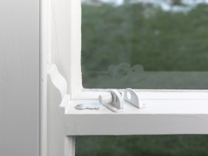 sash window press bolt