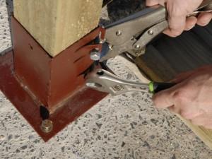 tightening socket bolts on post bracket