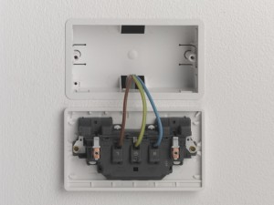 single cable connected at the socket