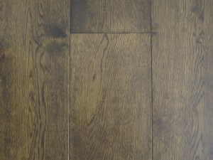 Engineered wood plank floor