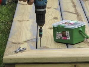 Using spax decking screws